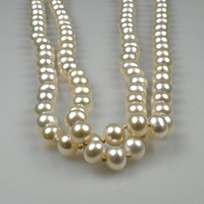 Goudsmid Edelsmid Ylva Roël. Design sieraden, ontwerp laten maken Haarlem. zoetwaterparels, zilver Zilveren collier. H074