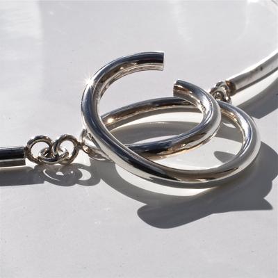 Goudsmid Edelsmid Ylva Roël. Design sieraden, ontwerp laten maken Haarlem. zilver Zilveren collier. H075