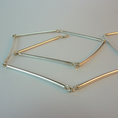 Goudsmid Edelsmid Ylva Roël. Design sieraden, ontwerp laten maken Haarlem. zilver Zilveren collier. H141