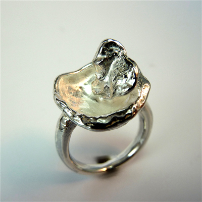 Goudsmid Edelsmid Ylva Roël. Design sieraden, ontwerp laten maken Haarlem. zilver Zilveren ring. R035