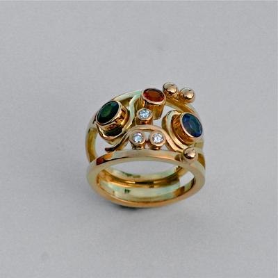 Goudsmid Edelsmid Ylva Roël. Design sieraden, ontwerp laten maken Haarlem.    ring. R076