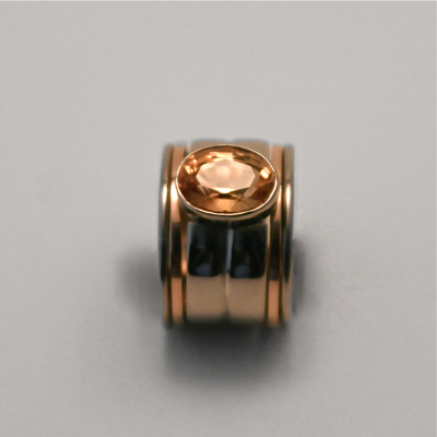 Goudsmid Edelsmid Ylva Roël. Design sieraden, ontwerp laten maken Haarlem.    ring. R083