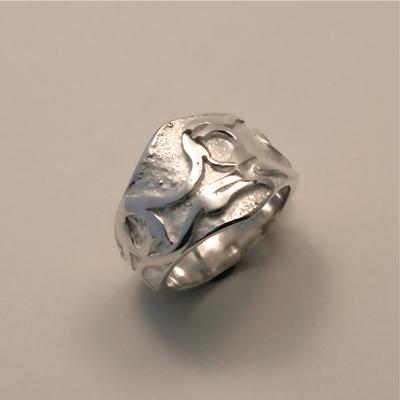 Goudsmid Edelsmid Ylva Roël. Design sieraden, ontwerp laten maken Haarlem. 'keltisch'. zilver Zilveren ring. R146