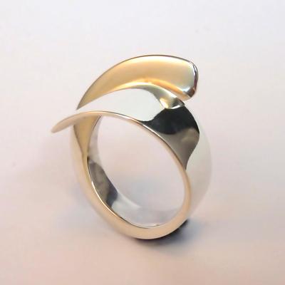 Goudsmid Edelsmid Ylva Roël. Design sieraden, ontwerp laten maken Haarlem. zilver Zilveren ring. R161