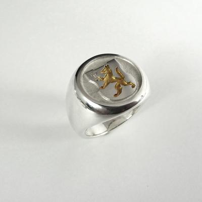 Goudsmid Edelsmid Ylva Roël. Design sieraden, ontwerp laten maken Haarlem. zilver, verguld Zilveren ring. R179
