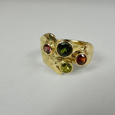 Goudsmid Edelsmid Ylva Roël. Design sieraden, ontwerp laten maken Haarlem.   ring. R188
