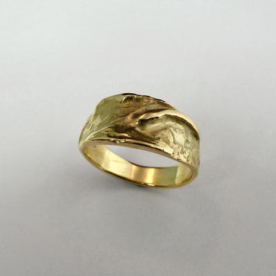 Goudsmid Edelsmid Ylva Roël. Design sieraden, ontwerp laten maken Haarlem.   ring. R189