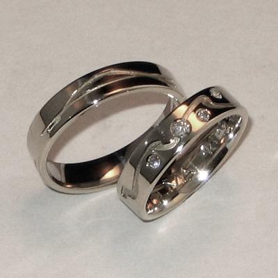 Goudsmid Edelsmid Ylva Roël. Design sieraden, ontwerp laten maken Haarlem.    trouwringen. R043