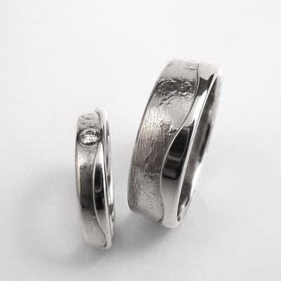 Goudsmid Edelsmid Ylva Roël. Design sieraden, ontwerp laten maken Haarlem.    trouwringen. R086