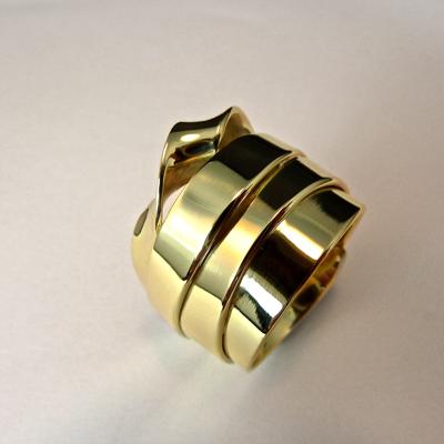 Goudsmid Edelsmid Ylva Roël. Design sieraden, ontwerp laten maken Haarlem.    trouwringen. R094